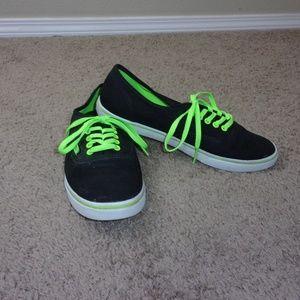 Vans Canvas Sneaker Black Neon Green
